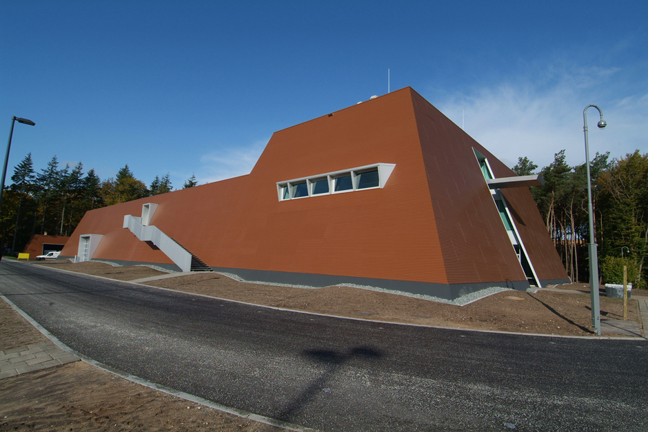 W1985 logistiek gebouw DSCF3751 nieuw featured image